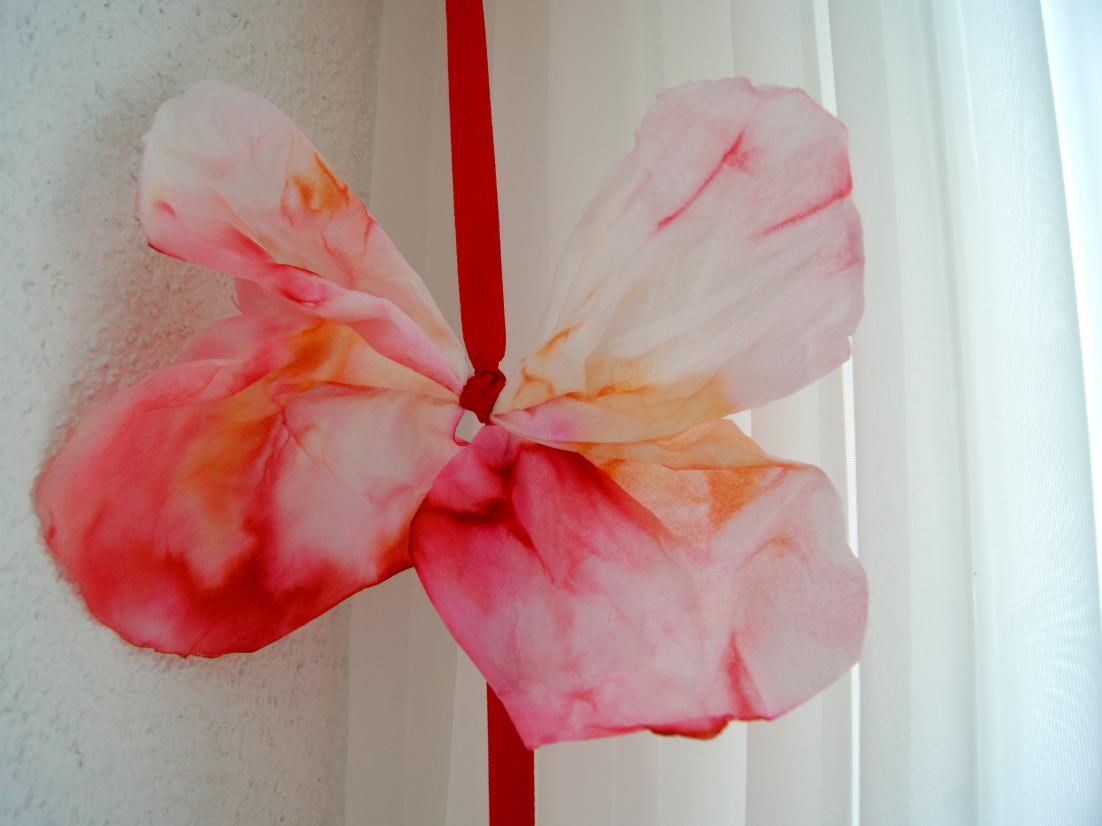 Schmetterling aus Taschentücher 4