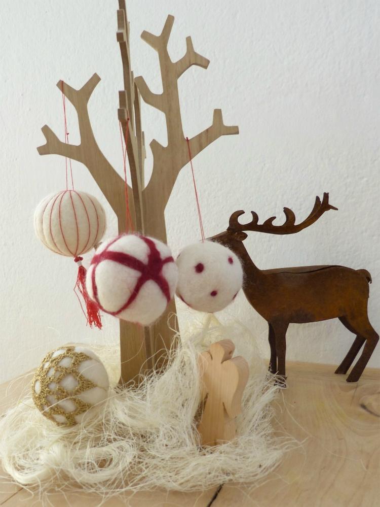 Weihnachtskugeln aus Filz | www.fantasiewerk.ch