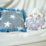 Kissen knüpfen für eine Kuschelecke im Kinderzimmer