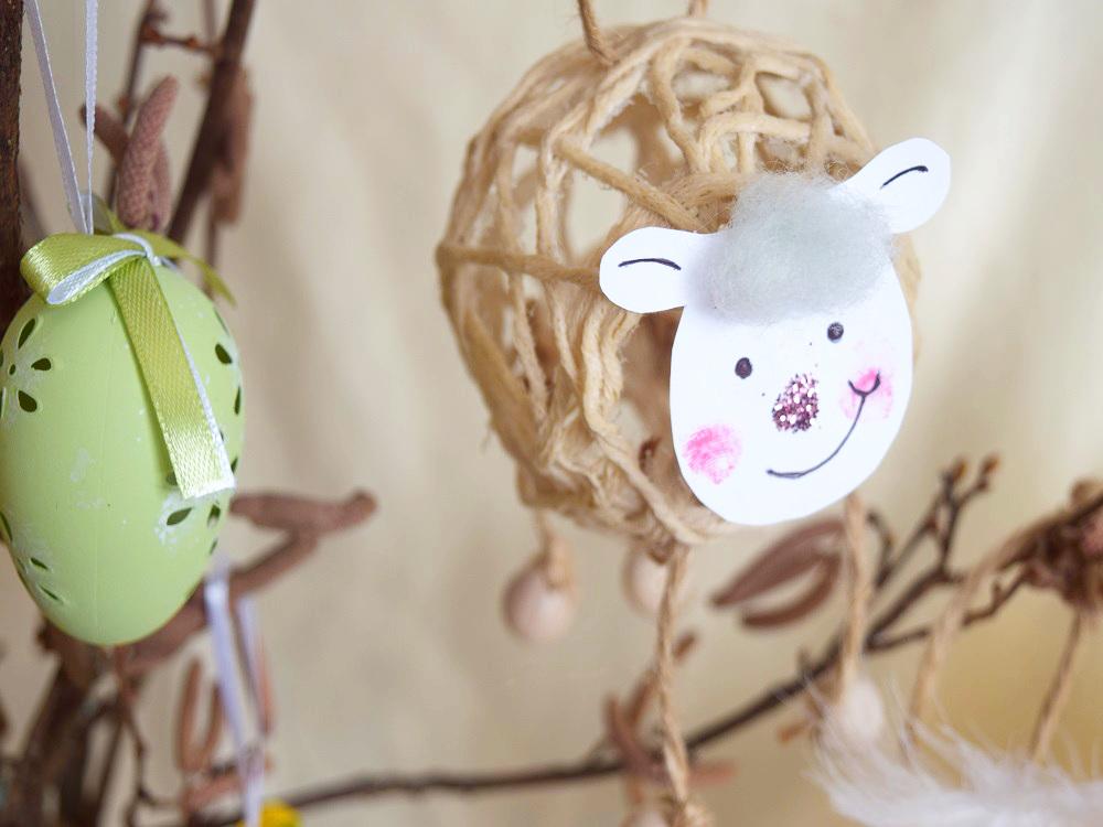 Frohes Oster - Basteln mit Kindern: Küken und Schafe aus Garn und Kleister selbermachen. - Auch mit Kleinkindern | von Fantasiewerk