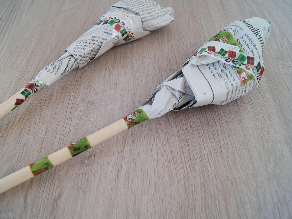 Weihnachtsgeschenke mit Kleinkindern basteln. - DIY Anleitung: Bruchschokolade machen und Kochlöffel bemalen. | von Fantasiewerk