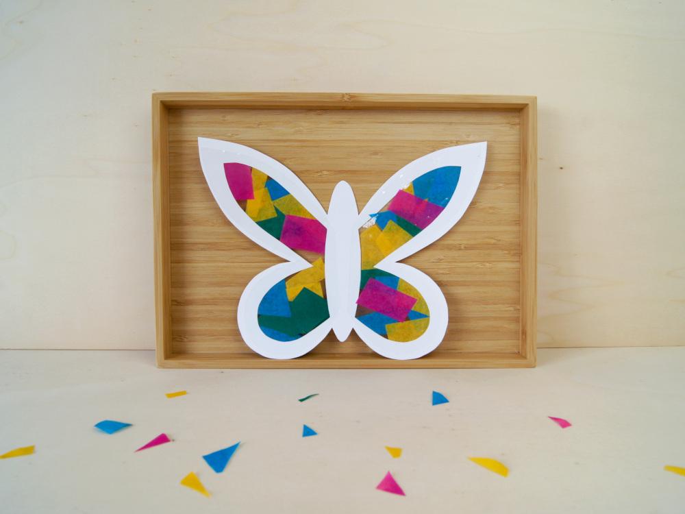 Anleitung: Schmetterling aus Seidenpapier mit Kindern basteln. Fensterbild oder Deko | von Fantasiewerk