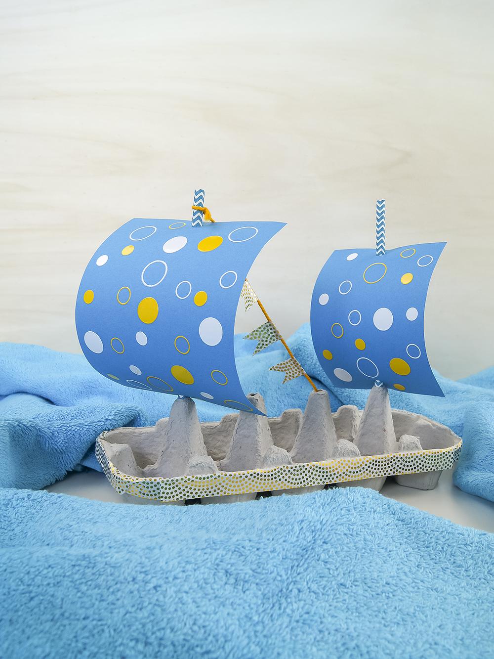 Schiff aus Eierkarton - Eine Bastelidee für Kleinkinder | kreativ mit Upcycling Materialien basteln und spielen | von Fantasiewerk