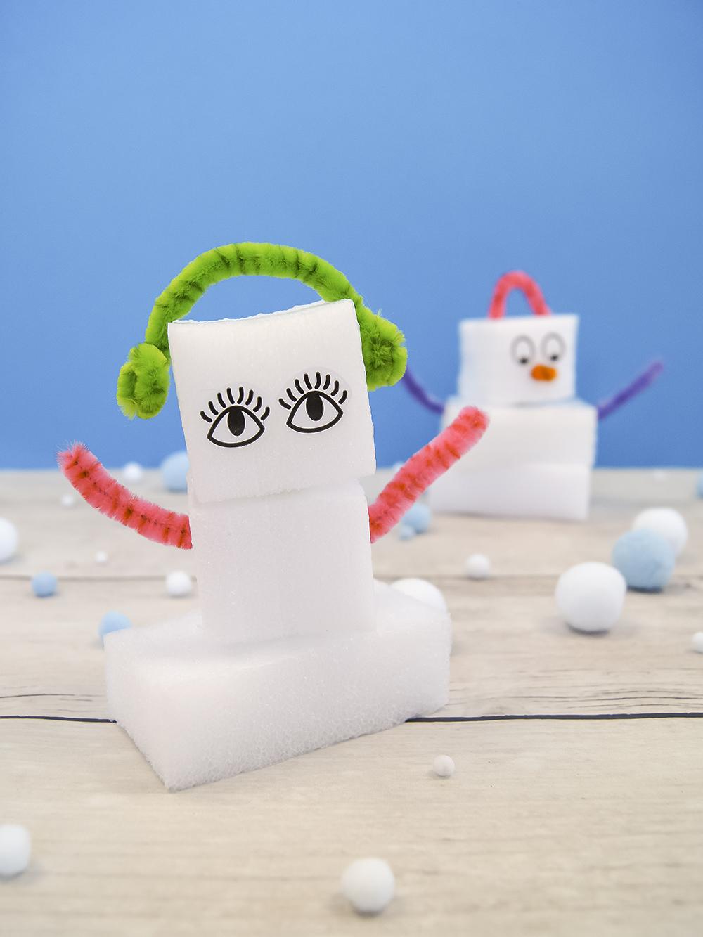 #upcycling mit Verpackungsabfall | Schneesterne, Schneemann und Iglu zum Basteln und Spielen mit Kindern | von Fantasiewer | #bastelnmitkindern